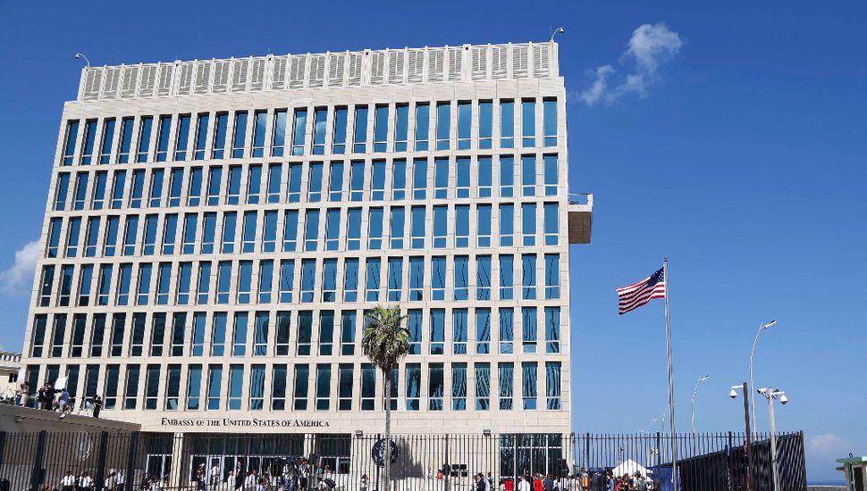 Más diplomáticos afectados por los ataques acústicos