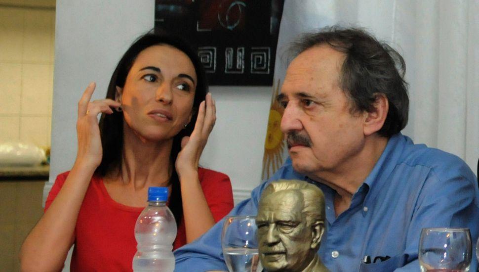 Verónica Borsani, con Ricardo Alfonsín.