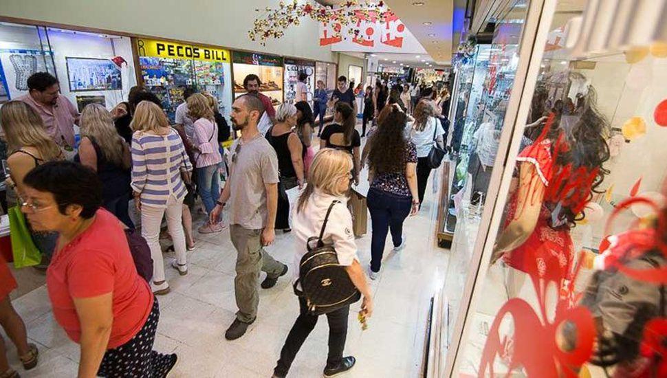 Según la Came, retrocedieron casi un 7% las ventas en todo el país