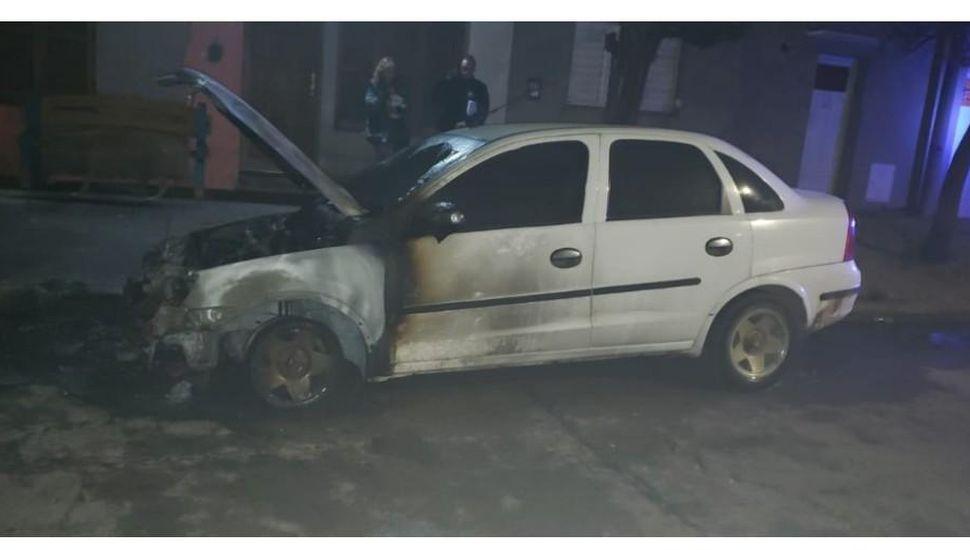 Violencia de género: un aprehendido tras prender fuego el auto de su ex