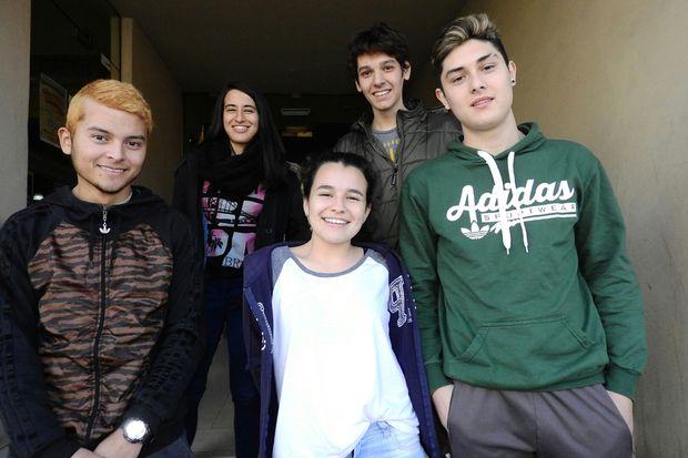 Jóvenes juninenses que votan por primera vez le contaron a Democracia sus expectativas.