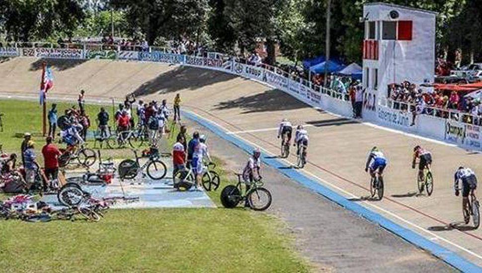 Amplia jornada pedalera habrá hoy en el velódromo de la Asociación Ciclista Juninense.