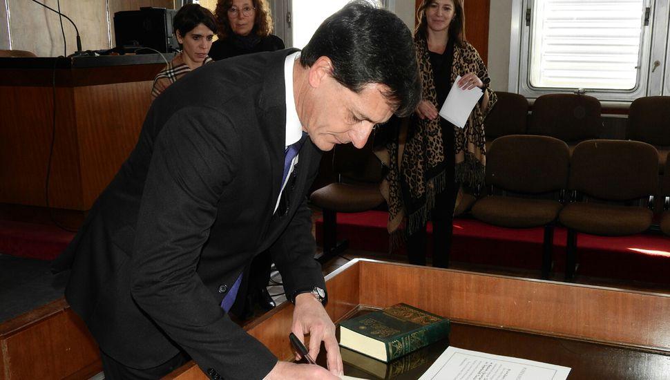 Luis Beraza juró como juez de la Cámara de Apelaciones en lo Penal