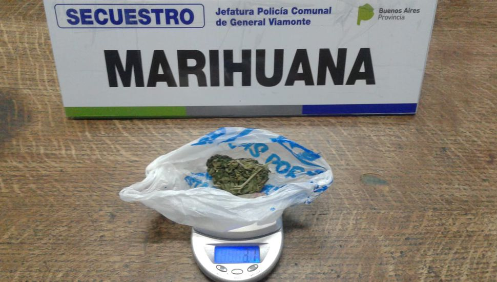 Incautan marihuana a una joven de 17 años