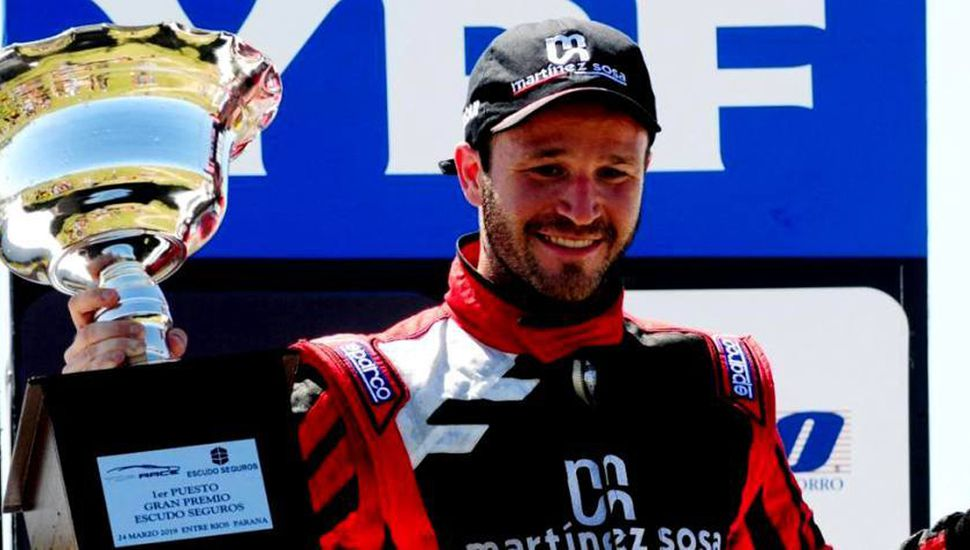 Agustín Canapino se impuso en la primera carrera de la temporada 2019 del Top Race V-6, ayer en la ciudad de Paraná.