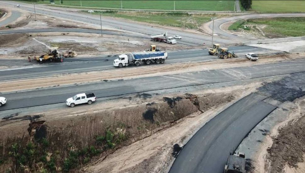 Continúa la transformación en autopista de la Ruta 7