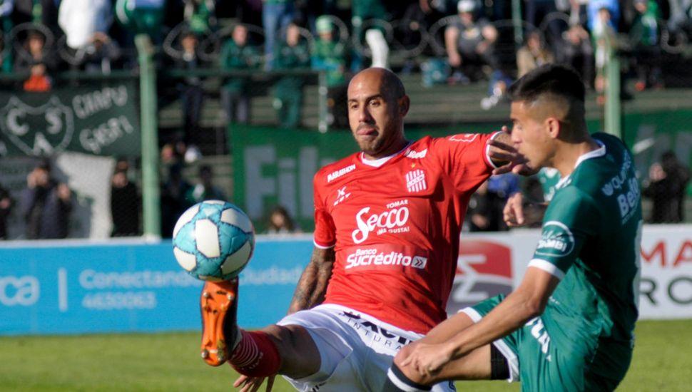 Mercier y Pombo, en el choque de la tercera fecha Sarmiento le ganó 3 a 1.