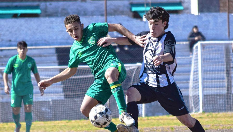 En inferiores, Moreno recibió a Sarmiento. (Foto: Prensa CAS)