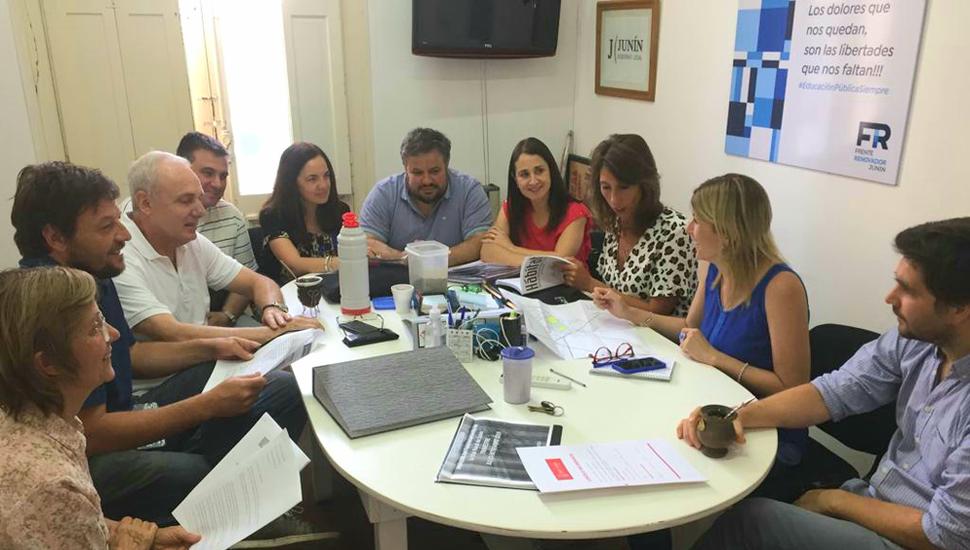 El Frente de Todos se reunió en comisión para definir sus propuestas.