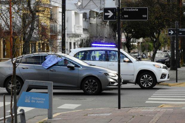 Más de 130 vehículos se movilizaron en las calles.