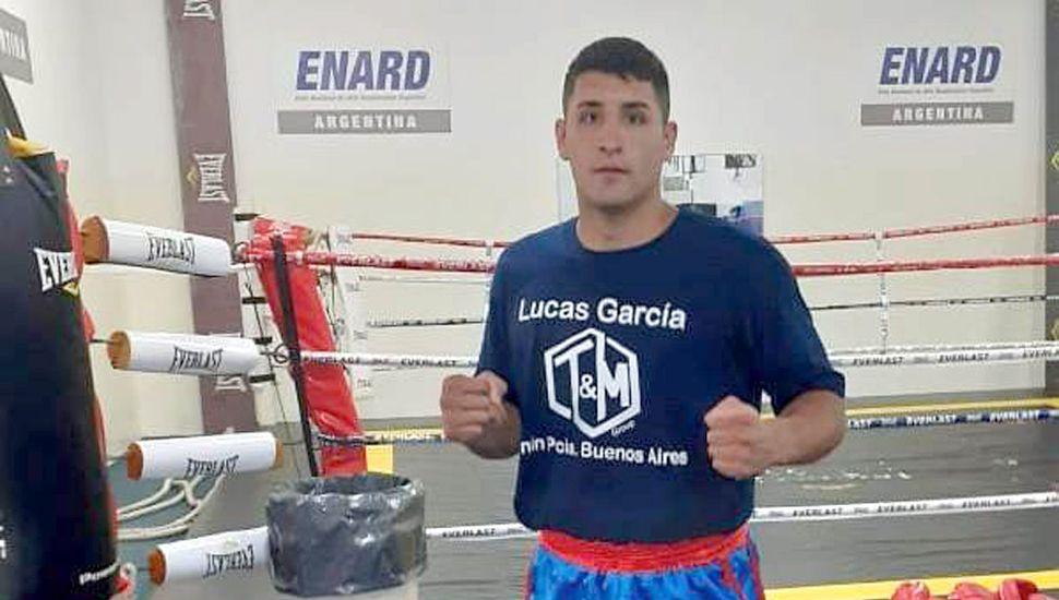 El peso pesado local Lucas Ezequiel García cuando participó del entrenamiento en el CeNARD.