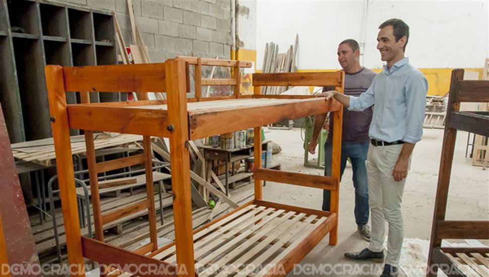 """""""Nos llena de orgullo ver el trabajo de carpintería"""", expresó Petrecca."""