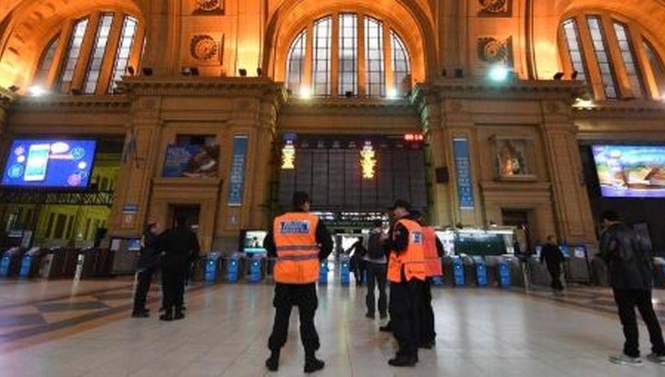 Las fuerzas de seguridad podrán pedir el DNI en estaciones de trenes