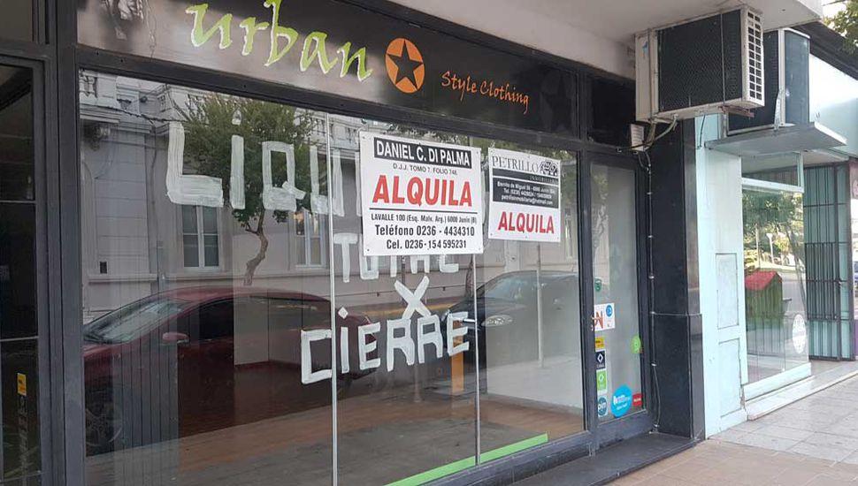 Según la Fundación Ciudad Abierta, en el último año cerraron 93 comercios en el centro de Junín.