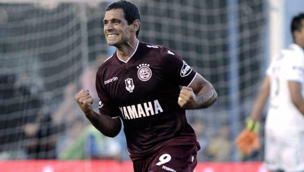 Lanús busca aprovechar el envión copero para lograr su primer triunfo de local en la Superliga