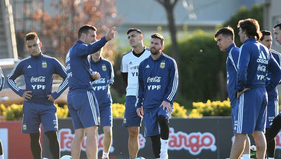 Lionel Scaloni, Lionel Messi y un sueño que comienza a crecer.