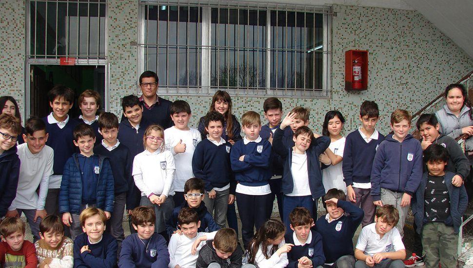 Buen número de participantes tuvo el torneo jugado en el Colegio Marianista de nuestra ciudad.
