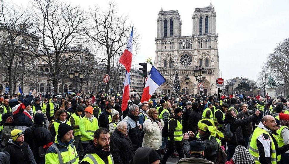 Los reclamos se reiteran y ponen en jaque el gobierno de Emmanuel Macron.