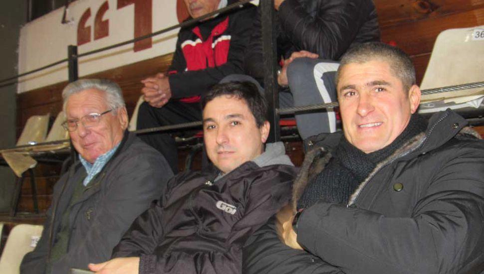 José Luis Barile, Marcelo Barile y Juan Pablo Pontelli, anoche en Ataliva Roca.