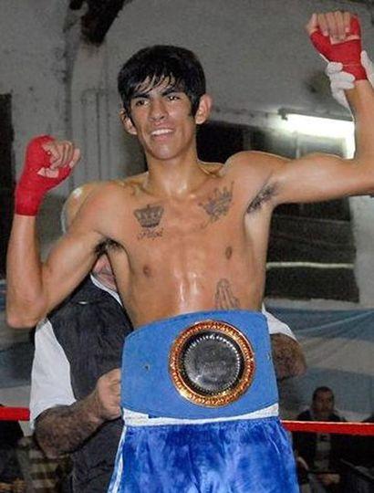 """El juninense Francisco """"La Cobra"""" Olguín pelea este sábado 4 en Uruguay."""