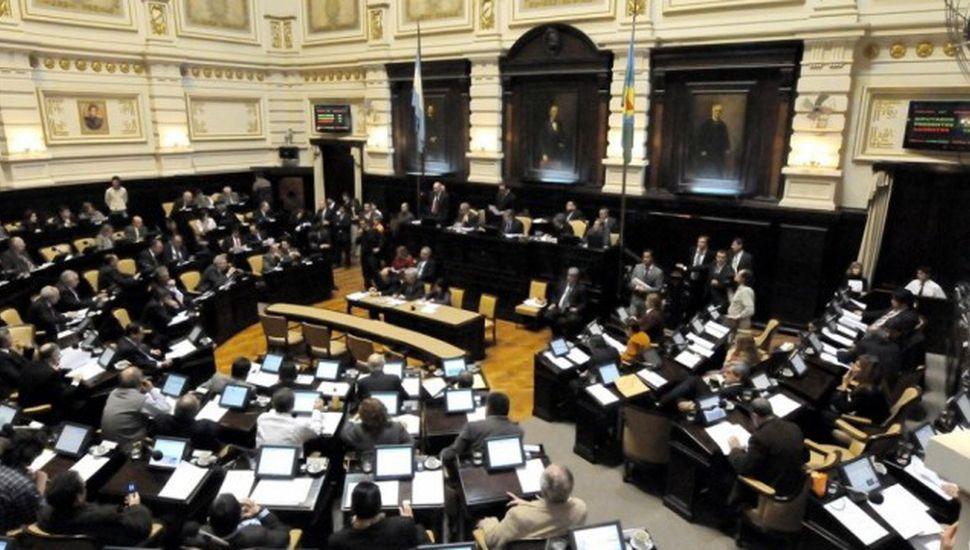 Vidal enviará el presupuesto 2018 a la legislatura en octubre