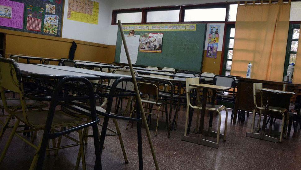 Docentes bonaerenses se pliegan al paro nacional del jueves por agresión en Chubut