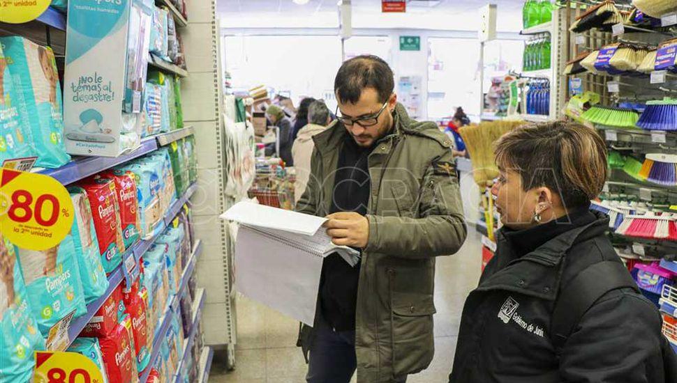El municipio realiza controles en supermercados de la ciudad para garantizar que cumplan con el programa Precios Cuidados.