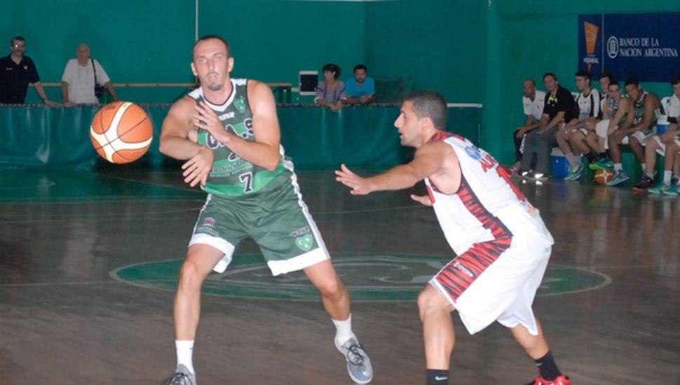 Julio Mázzaro además fue ratificado para jugar con Sarmiento el Federal.