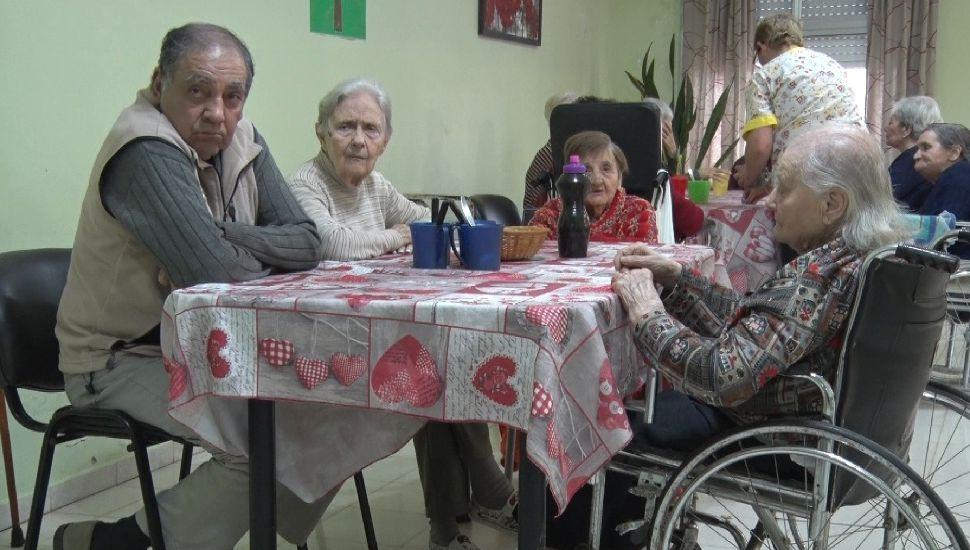 El Hogar de Ancianos Madre Teresa de Calcuta de Rojas recibió una importante donación