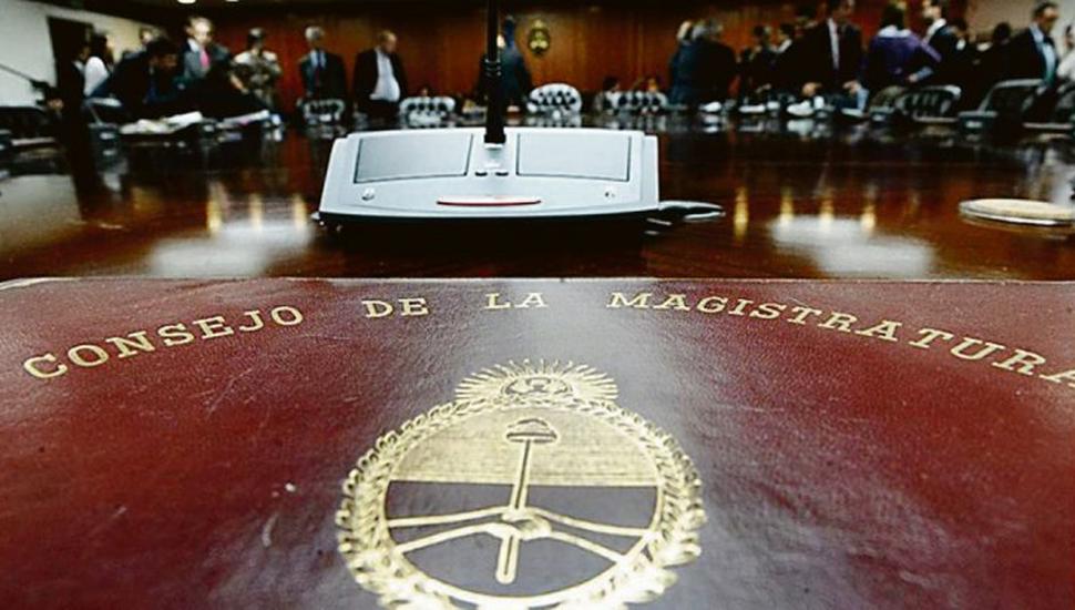 Postergan el tratamiento de las denuncias contra Canicoba Corral y Bonadio