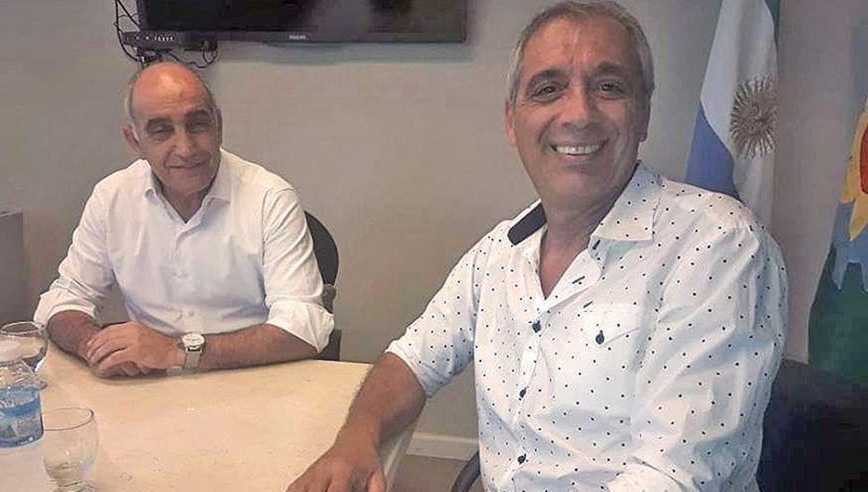 El titular del radicalismo local, Carlos Mansur, con el vice Daniel Salvador.
