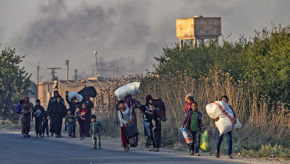 Turquía invade Siria por tierra y aire y comienza una guerra contra los kurdos