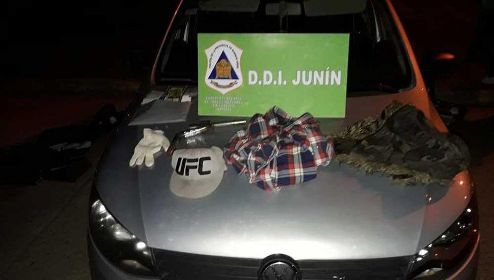 El vehículo en el que se movilizaban los malvivientes tenía pedido de secuestro.