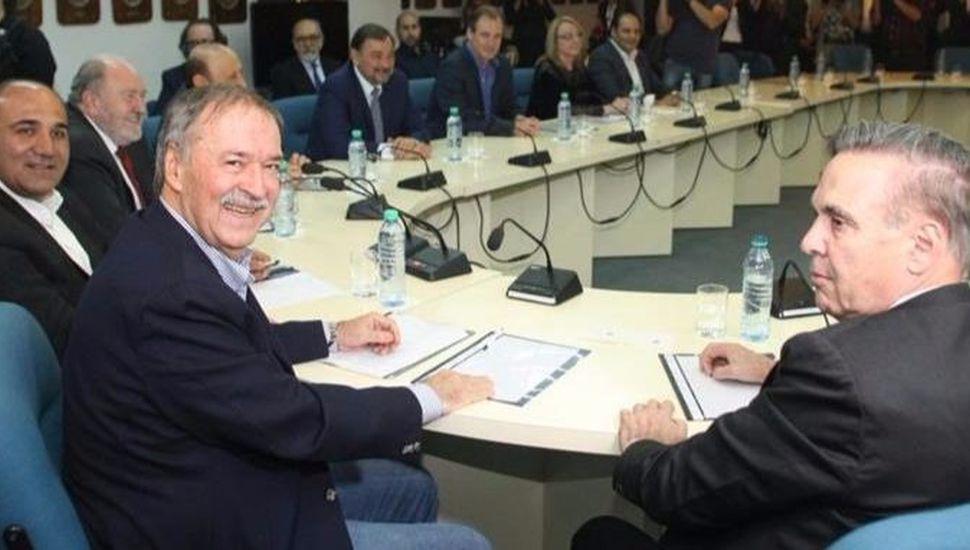 Gobernadores reclamarán a Macri mayores ingresos