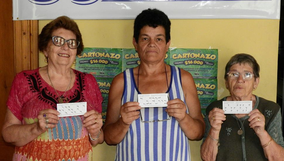 Delia Balla, Graciela Vera y María Ester Garavaglia, quienes recibieron $5334 cada una.