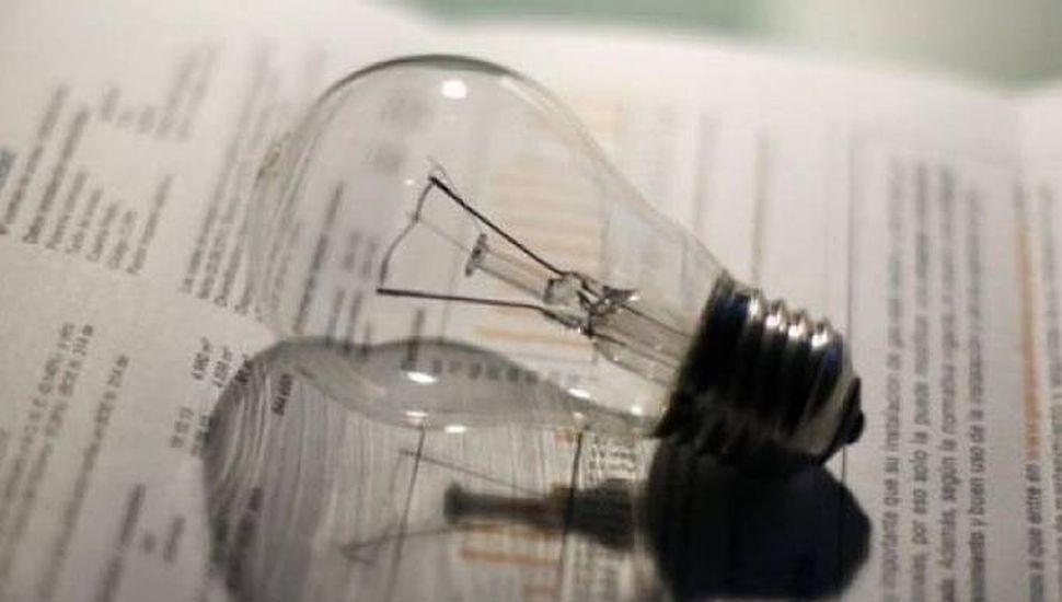 El Estado comienza a pesificar las tarifas de la energía eléctrica
