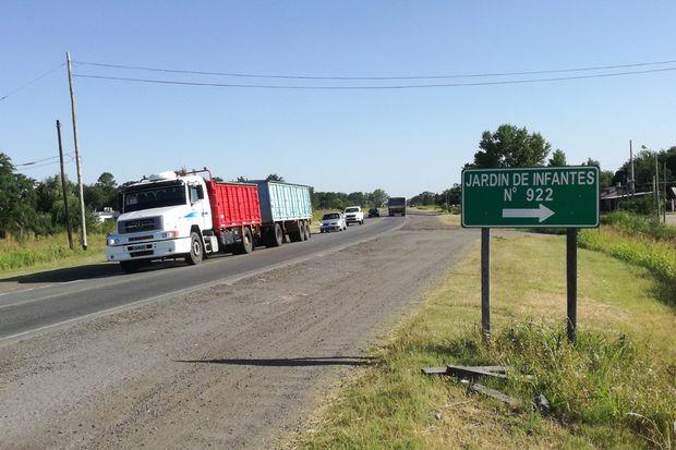 En la Ruta N°65 se colocaron algunos carteles preventivos. No obstante, solicitan más medidas para reducir los peligros.
