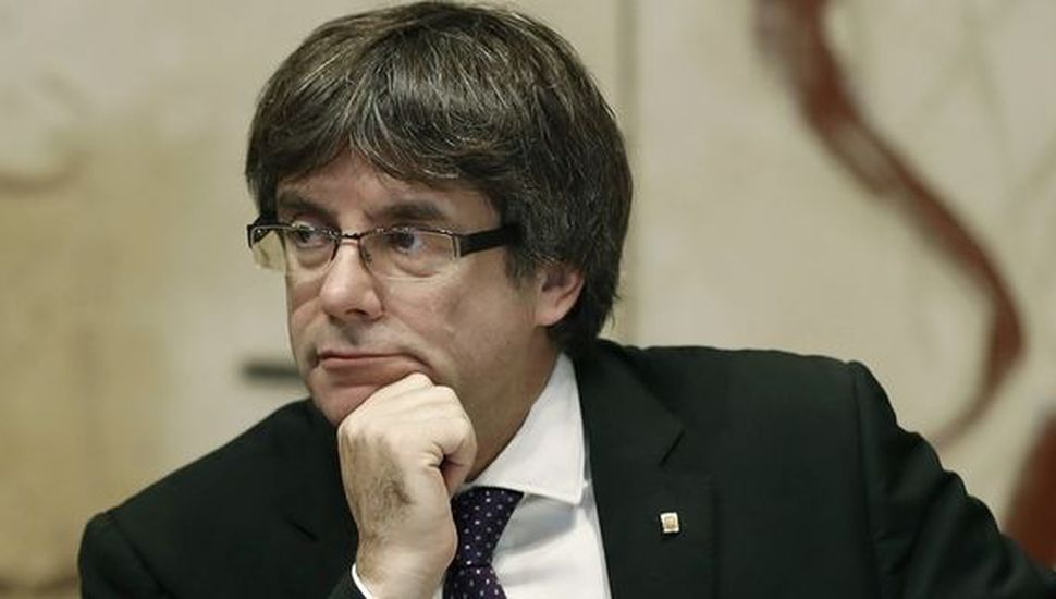 El líder catalán anunció que no irá al Senado español, que ya prepara la intervención