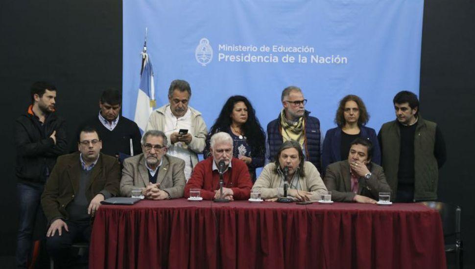Docentes universitarios rechazaron propuesta y ratificaron medidas de fuerza