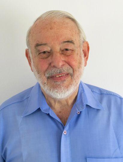 Lic. Julio Picchi.