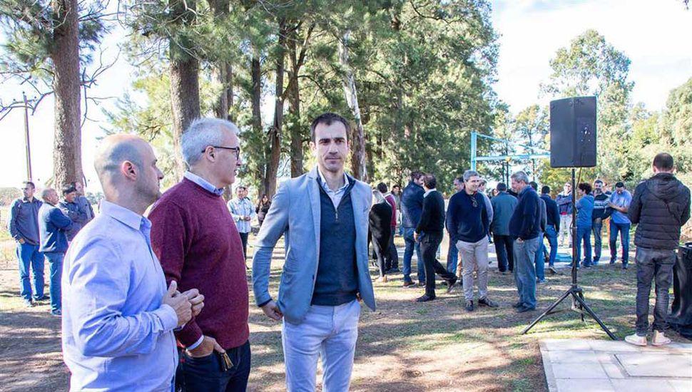 El intendente Pablo Petrecca encabezó el acto de inauguración.