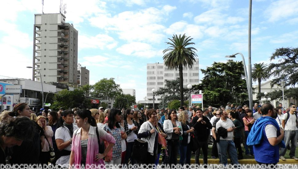 La huelga de los municipales se sintió con fuerza en Junín.