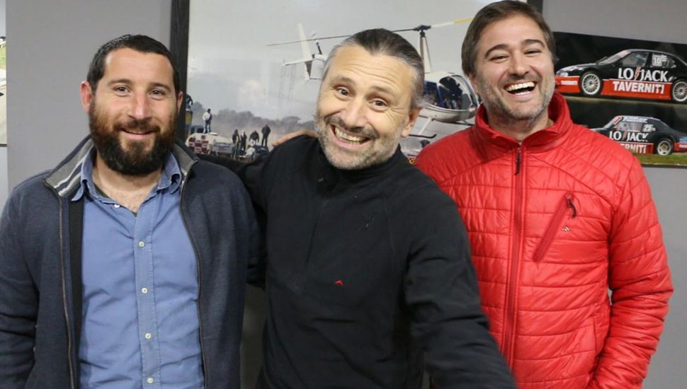 Martín Lobato y Cristian Iraola junto a Marcos Di Palma.