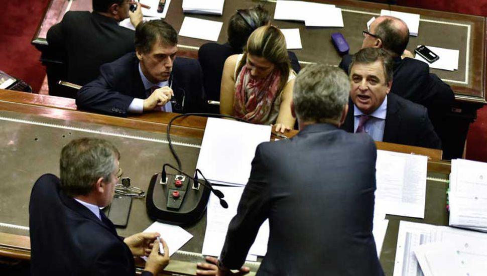 La oposición en Diputados se acerca a la media sanción y el Gobierno apuesta a gobernadores