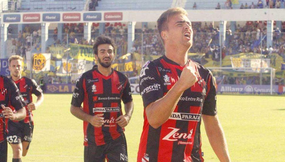 Patronato de Paraná sufrió, pero  por penales, eliminó a Dock Sud