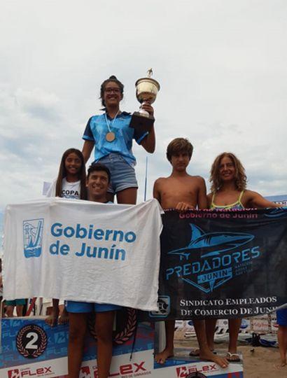 La nadadora juninense Lucía Ferreri hizo podio en Mardel con  un tercer puesto