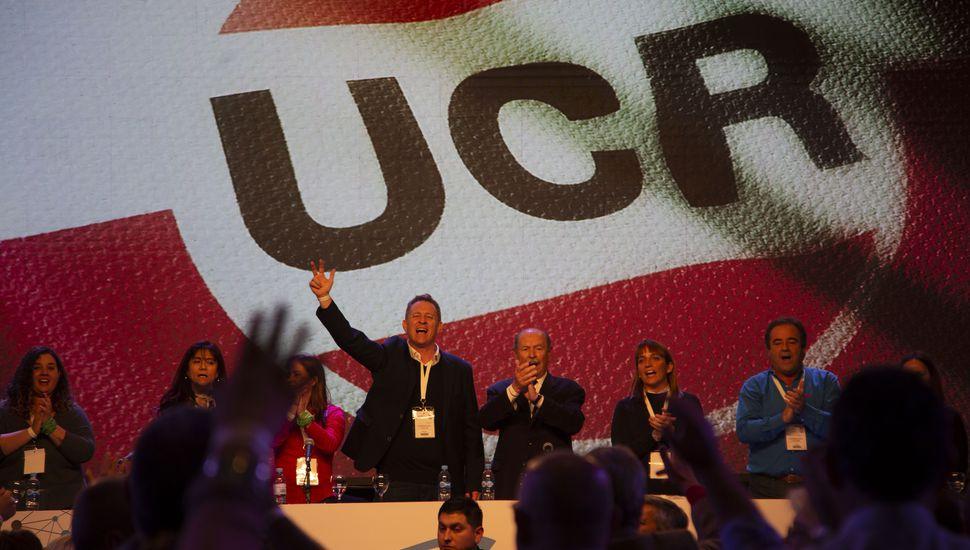 La UCR aprobó la continuidad en Cambiemos, aunque hubo reproches al Gobierno
