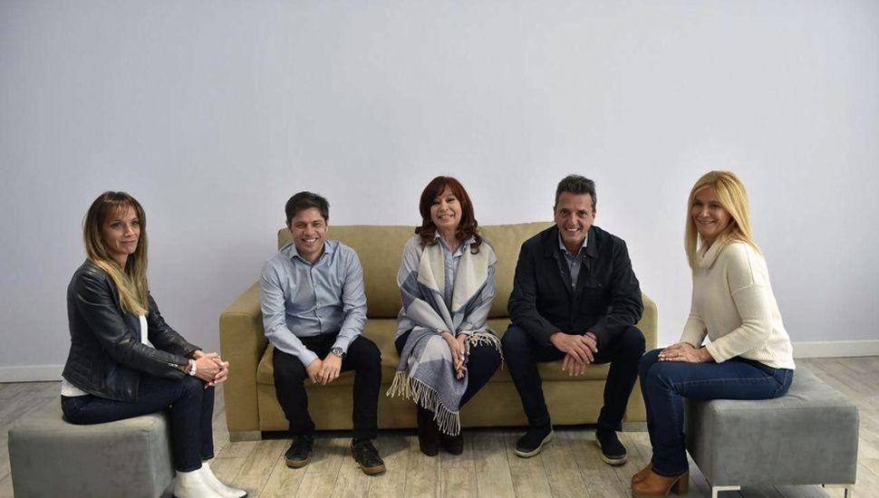 Cristina Kirchner, Sergio Massa, Axel Kicillof, Malena Galmarini y Verónica Magario.