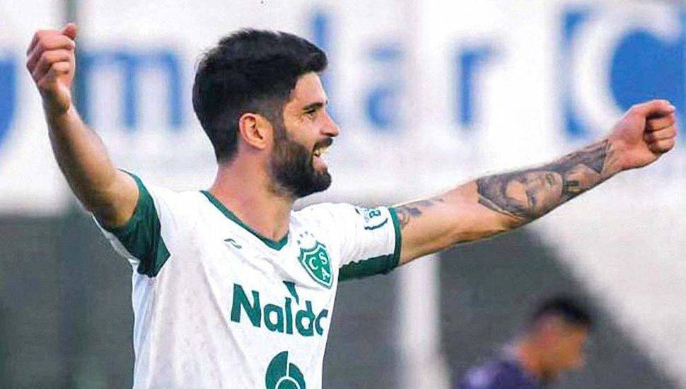 Nicolás Orsini, ex jugador de Sarmiento y actual delantero de Lanús.