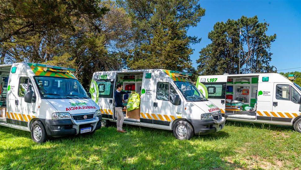 Las tres ambulancias del SAME que pasaron al Municipio.